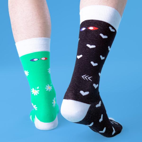 chaussettes dépareillées françaises la paquerette portée dos